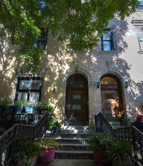 Want to live in a townhouse on historic strivers 39 row in for Townhouses for sale in harlem